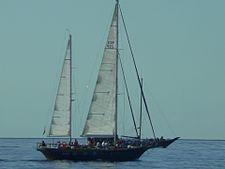Sailboat01.jpg