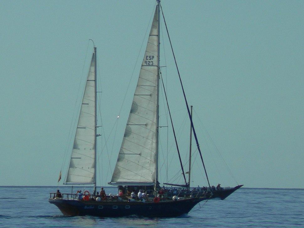 Sailboat01