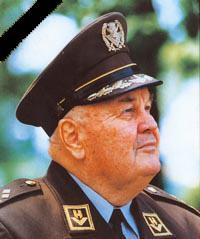 Stožerni general Janko Bobetko.jpg
