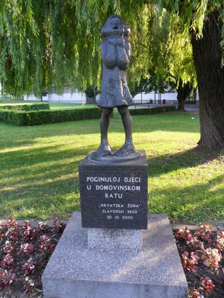 Memorial Djevojčica