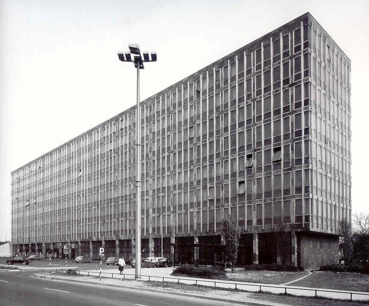 Datoteka Ninoslav Kucan Zgrada Sudova I Pravosudne Uprave U