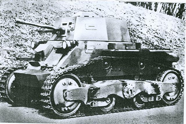 Fájl:V-4 kisharckocsi.jpg