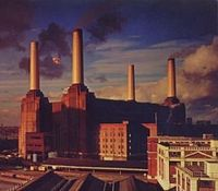 Pink Floyd – Animals (album cover).jpg