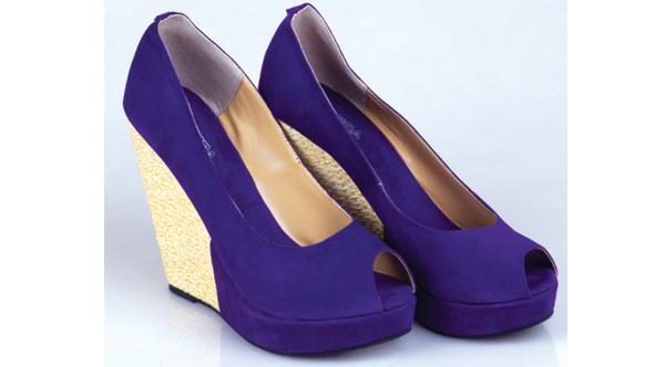 5800182d6ca Sepatu wanita - Wikipedia bahasa Indonesia