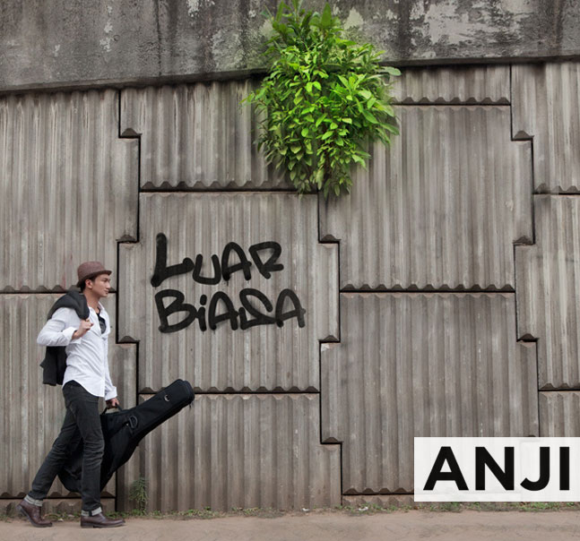 Chord Gitar Anji Cinta Dia: Wikipedia Bahasa Indonesia, Ensiklopedia Bebas
