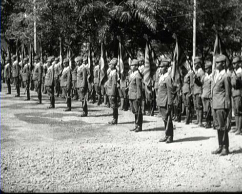 Prajurit PETA sedang berlatih di Bogor pada 1944