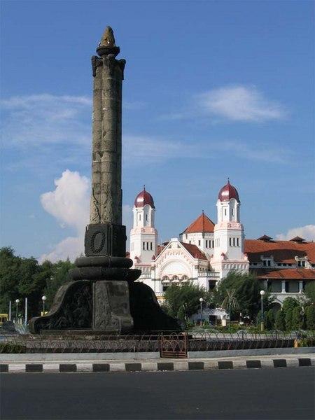 Berkas:Semarang lawangsewu.jpg