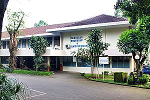 Universitas Kristen Satya Wacana - Wikipedia bahasa ...