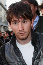 Messi in public 2011.png
