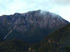 Gunung Binaia 3.072 mdpl