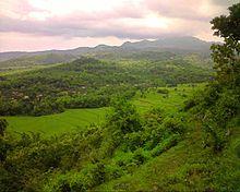 ... , Bukit Gebang (sebelah kampung), Bukit Tapaan, dan Bukit Congol