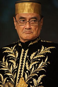 Sultan Muhammad Kaharuddin IV, Sultan Sumbawa ke-17 | wikipedia.com