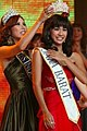 Crowning Miss Indonesia 2007.jpg