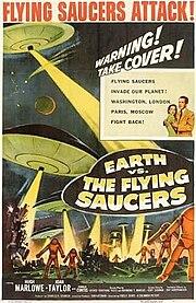 """Sebuah poster dari film """"Earth vs. the Flying Saucers"""" yang mengisahkan tentang serbuan """"piring terbang"""" ke bumi"""