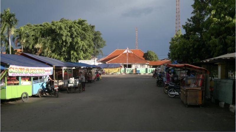 Berkas:Reynan-Gedung-Juang-Karawang-20140415-362.jpg