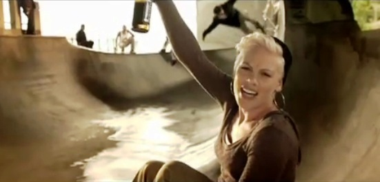P!nk Raise Your Glass - Wik...