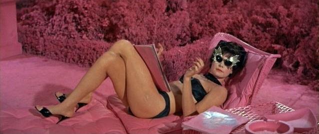 Bikini en casa de amigos - 1 part 2