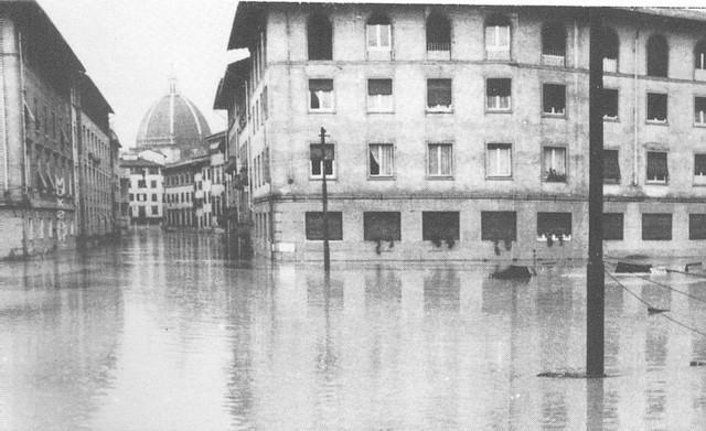 Alluvione di Firenze 07.jpg