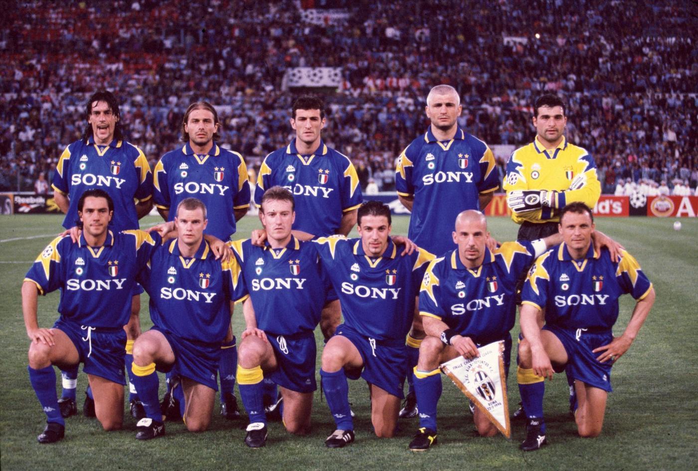 """Résultat de recherche d'images pour """"finale ligue des champions 1996"""""""