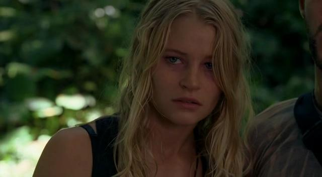 Emilie de ravin in carrie - 1 part 6
