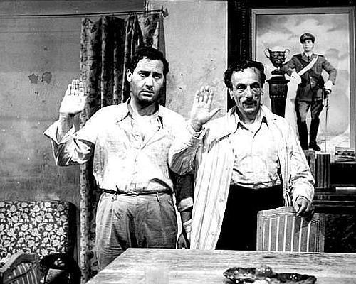 File:Alberto Sordi Tutti a casa.jpg
