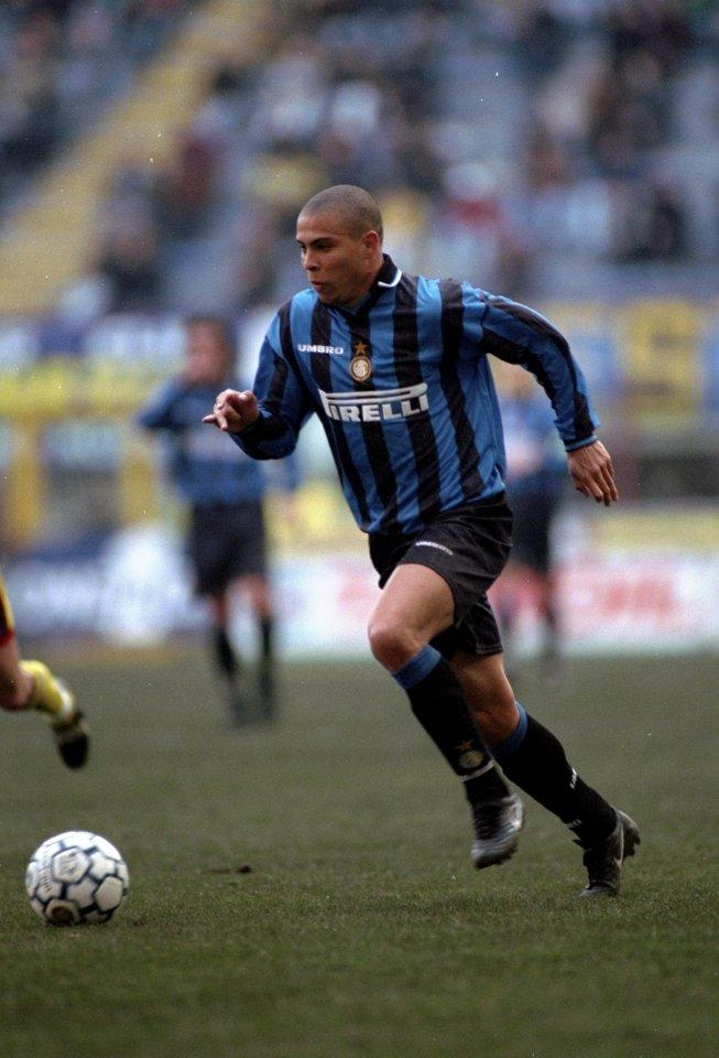 Serie A 1997-98 - Inter vs Bologna - Ronaldo