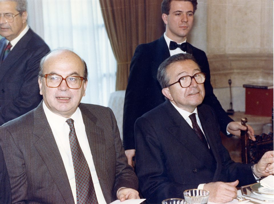 File:Bettino Craxi e Giulio Andreotti.jpg - Wikipedia