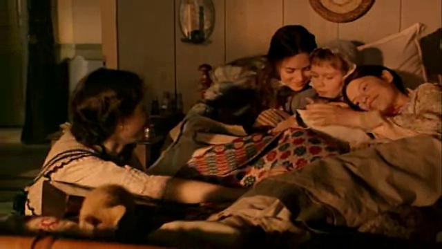 Piccole donnе (film 1994).png