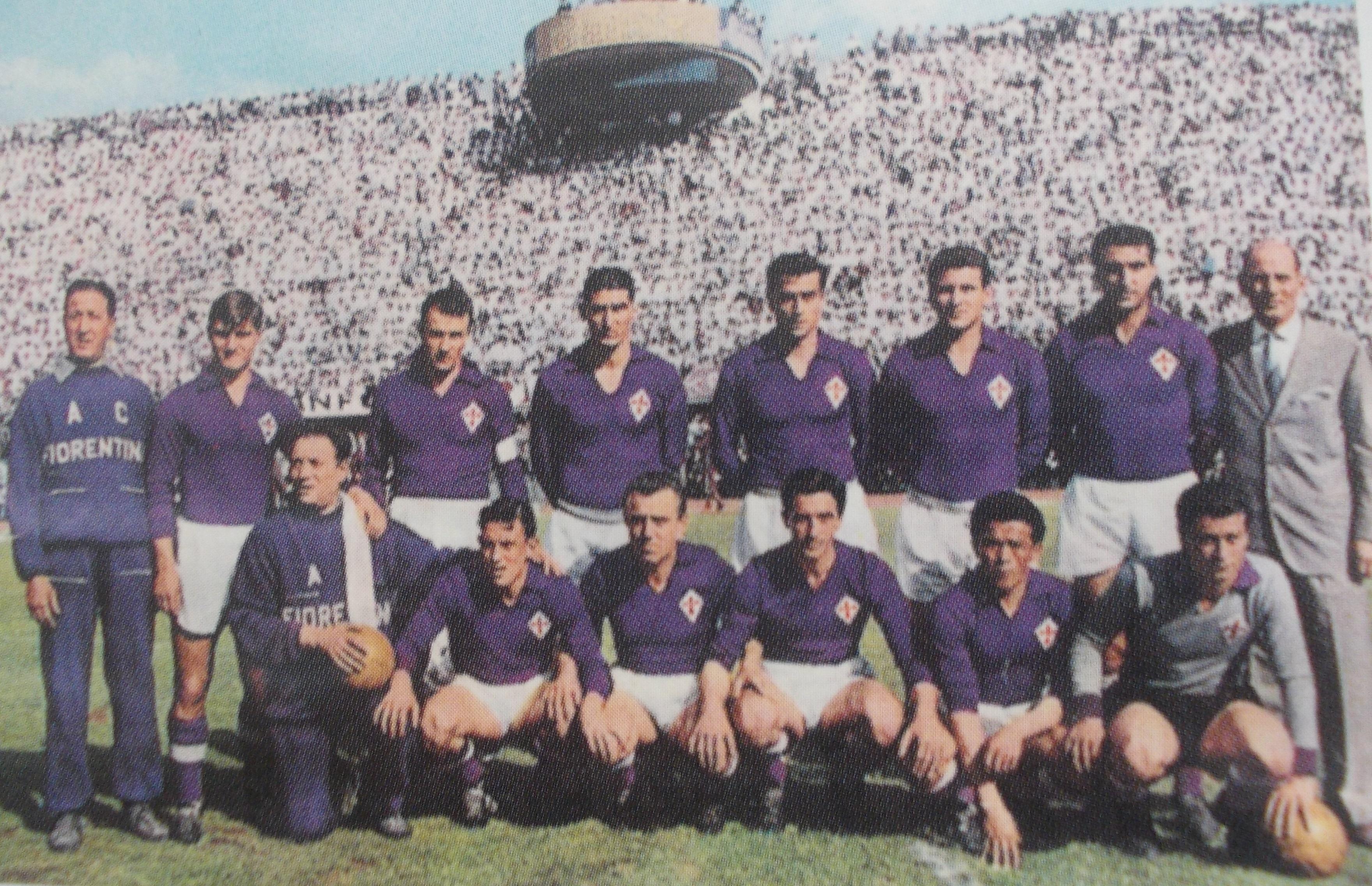 98f3add7d Fulvio Bernardini con la Fiorentina campione d Italia nel 1955-1956.