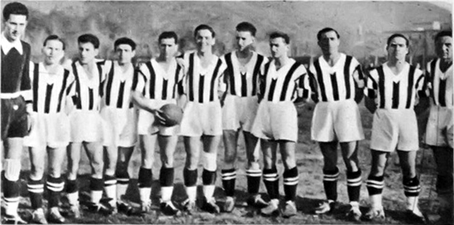 Risultati immagini per nola calcio wikipedia