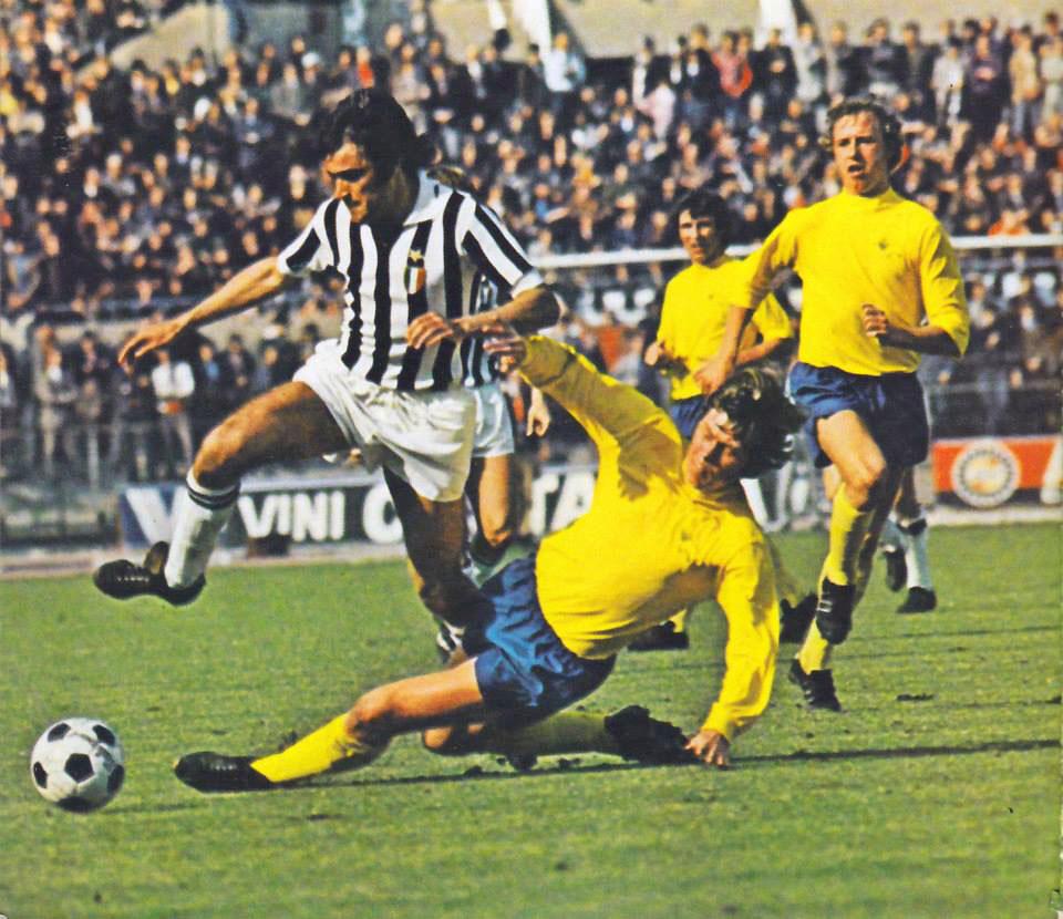 https://upload.wikimedia.org/wikipedia/it/4/4b/Coppa_dei_Campioni_1972-73_-_Juventus_vs_Derby_County_-_Antonello_Cuccureddu.jpg