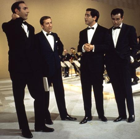 Pippo Baudo, Mike Bongiorno, Corrado ed Enzo Tortora a Sabato sera nel 1967.