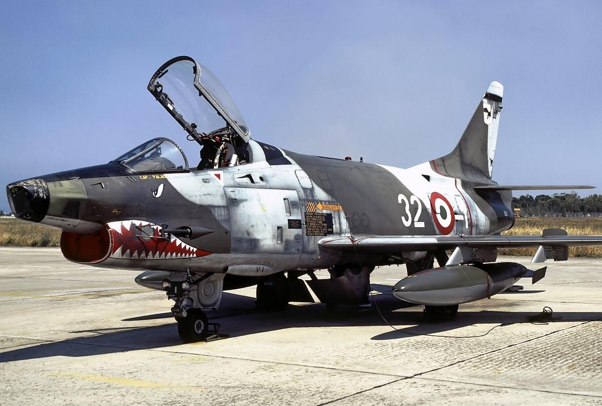 File:aeritalia g.91y mm6491 aeronautica militare