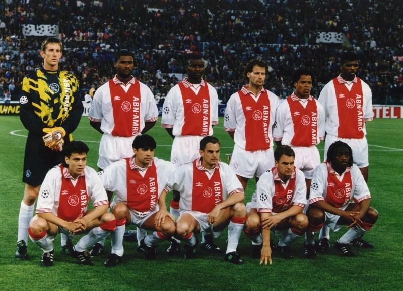 65b985493ffddc L'Ajax della stagione 1995-1996, vincitore di Eredivisie, Supercoppa  d'Olanda, Supercoppa UEFA e Coppa Intercontinentale, e finalista di  Champions League.
