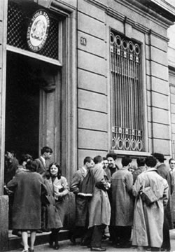Liceo classico giovanni berchet wikipedia for Liceo di moda milano