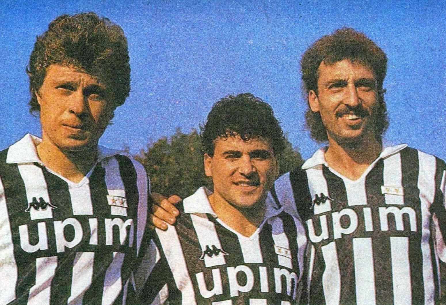 File:Juventus 1989-90 - Zavarov, Barros e Aleinikov.jpeg - Wikipedia