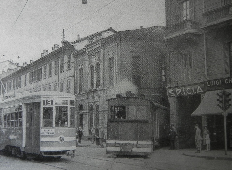 File:Milano, corso Vercelli (tram) 01.jpeg - Wikipedia