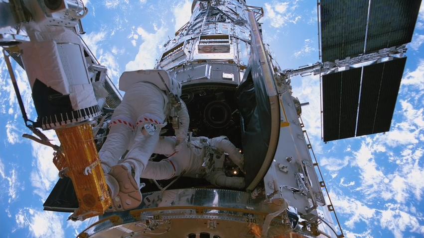 Hubble 3D - Wikipedia
