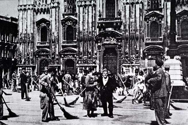 File:Miracolo a Milano.JPG - Wikipedia