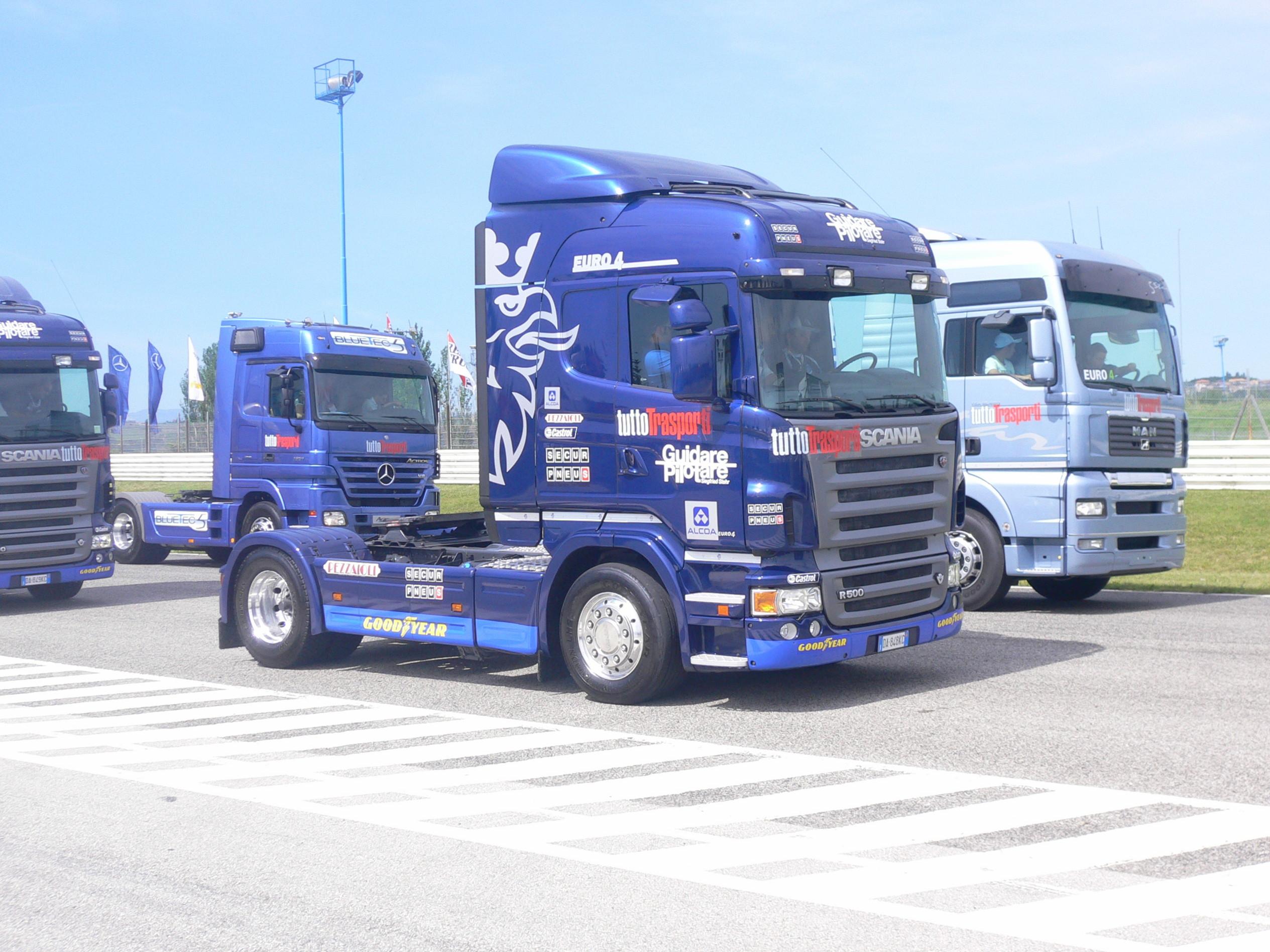 scania r 30 630 cv Scania_R_basso