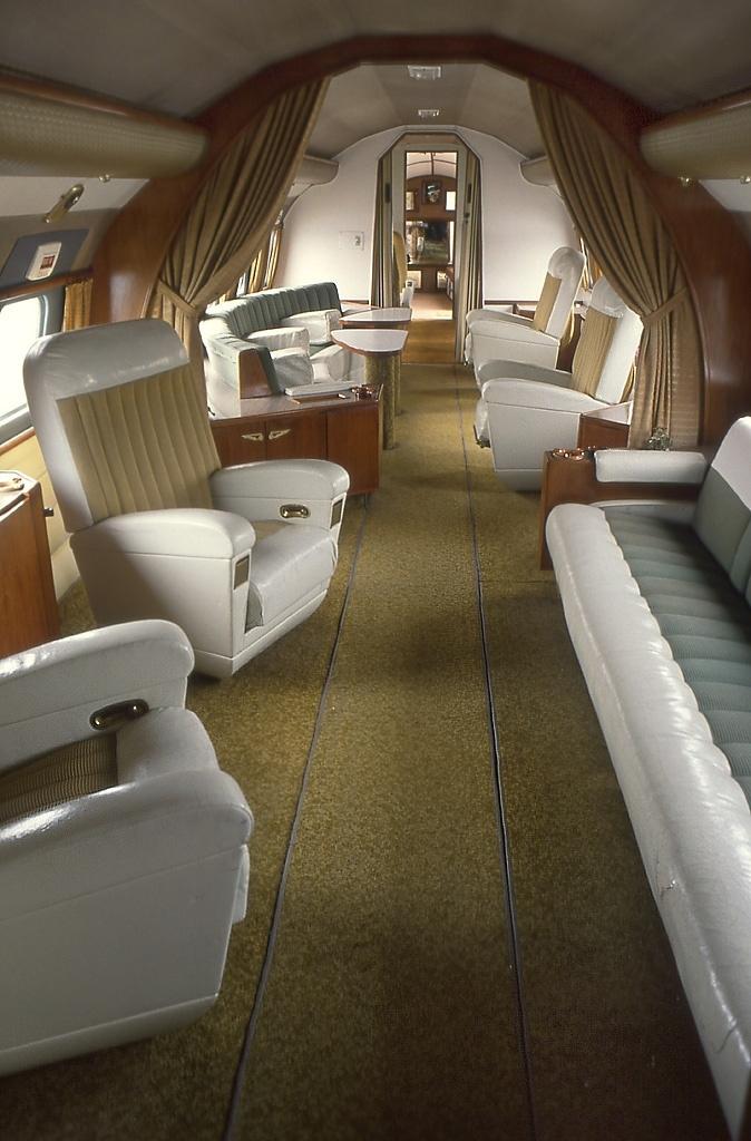 File convair 440 presidente repubblica italiana for Manuale per la pulizia della cabina dell aeromobile