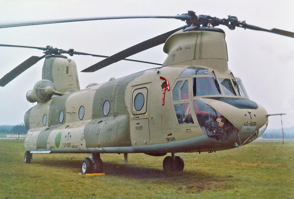 Elicottero I Inti : File elicotteri meridionali ch c chinook lc libyan