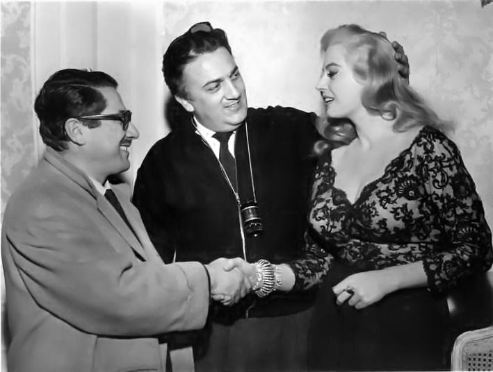 Fellini presenta la Ekberg a Flaiano