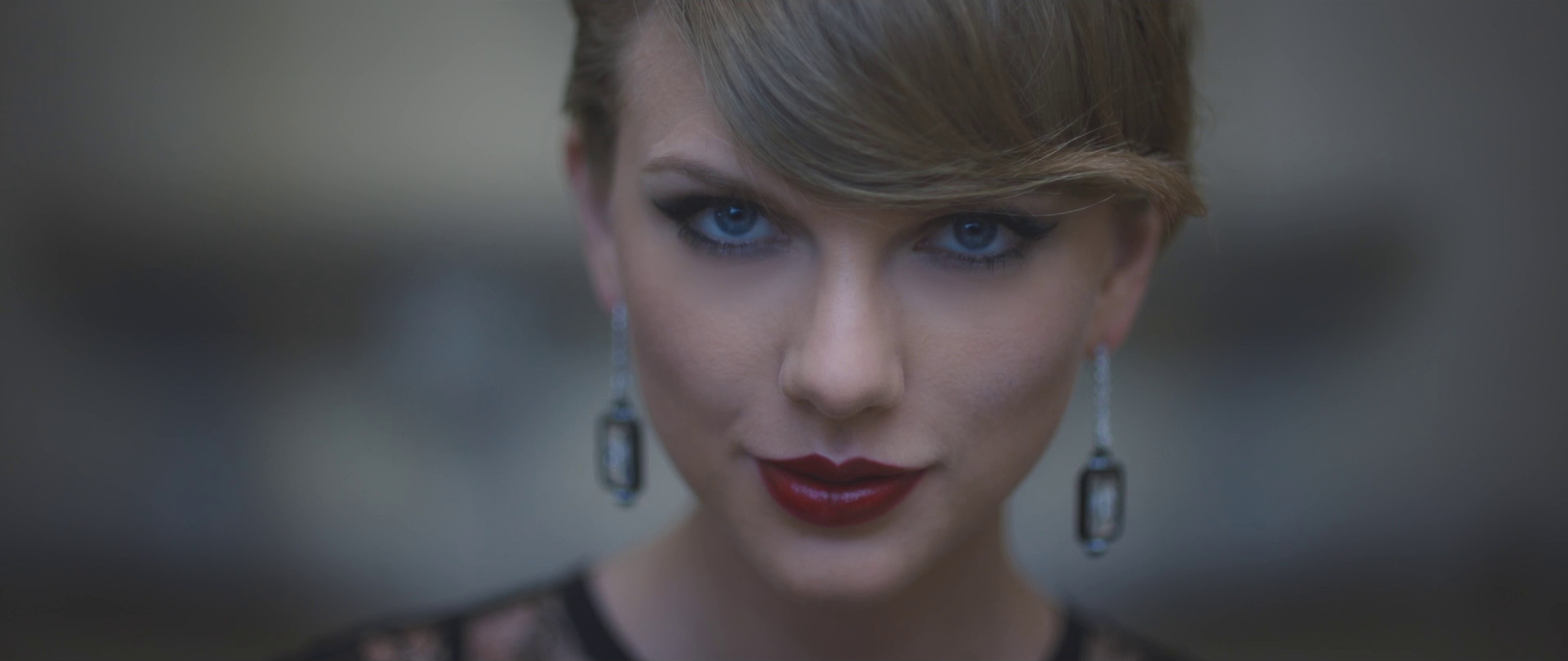 File:Taylor Swift - Blank Space.png - Wikipedia