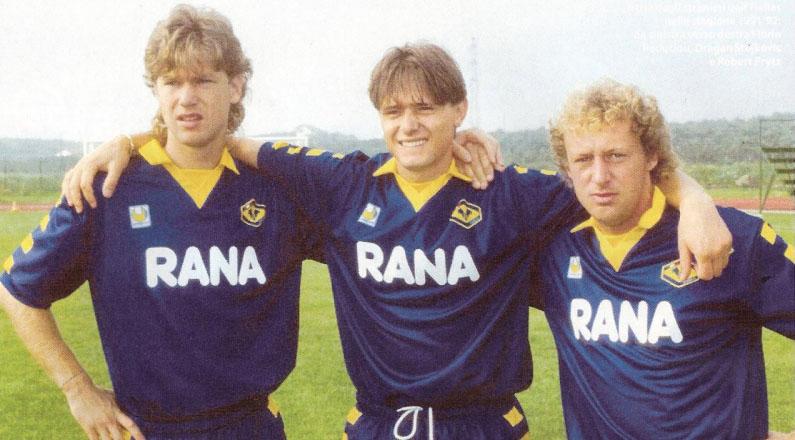 Verona FC - 1991-92 - Răducioiu, Stojković e Prytz.jpg
