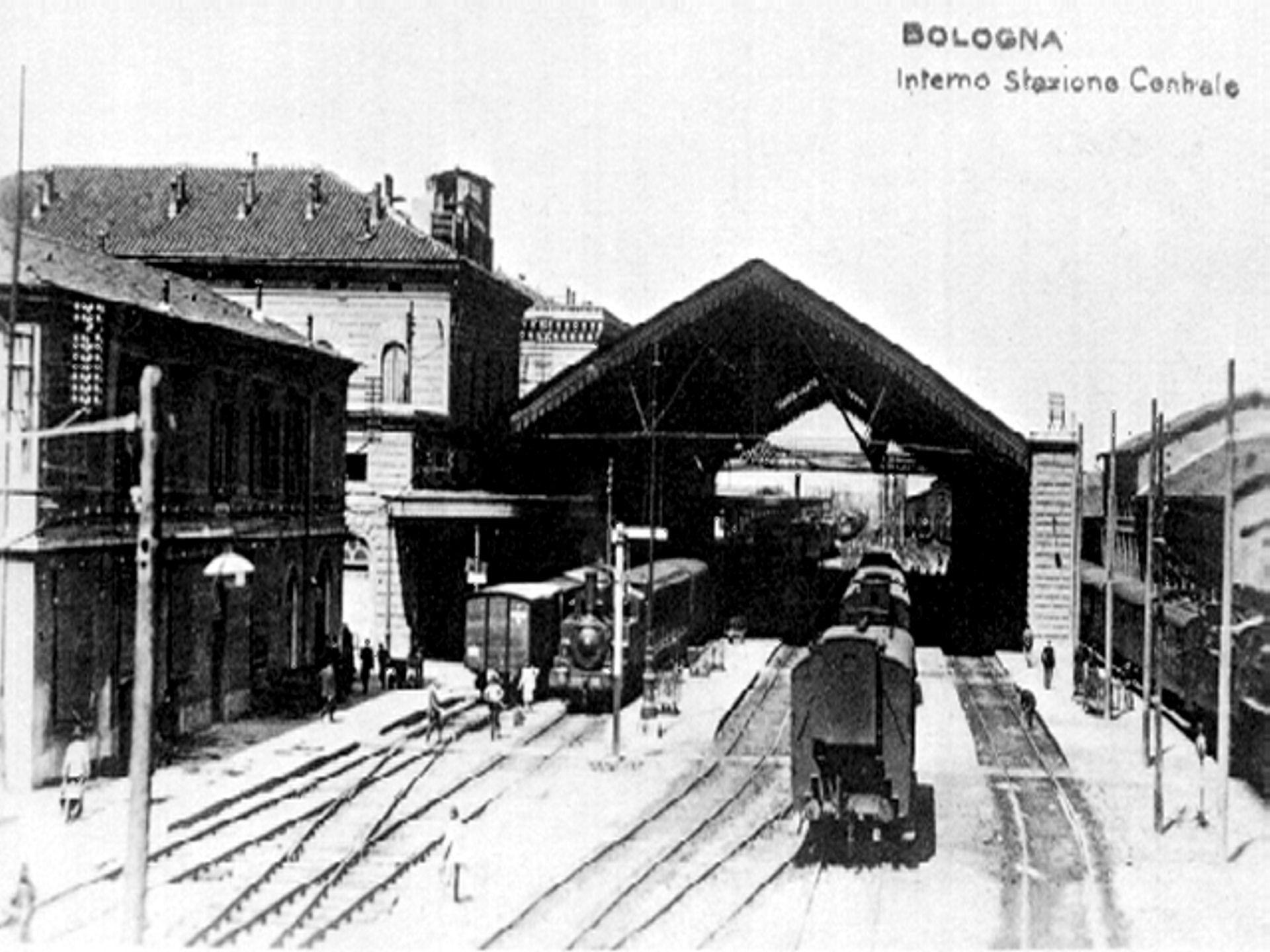 File Bologna Centrale Piazzale Wikipedia