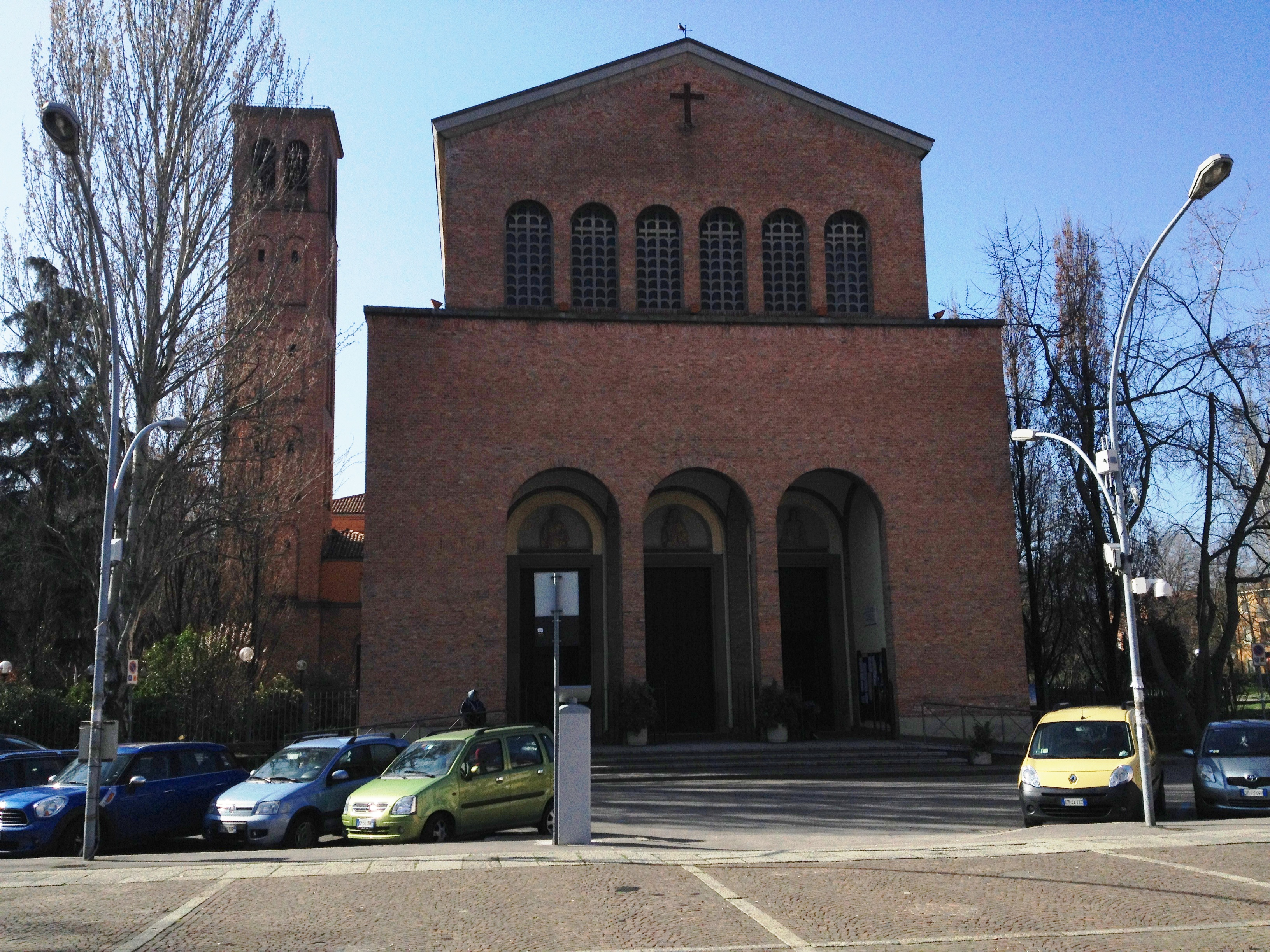 File chiesa san lazzaro di savena jpg wikipedia for Jaboli arredamenti san lazzaro di savena