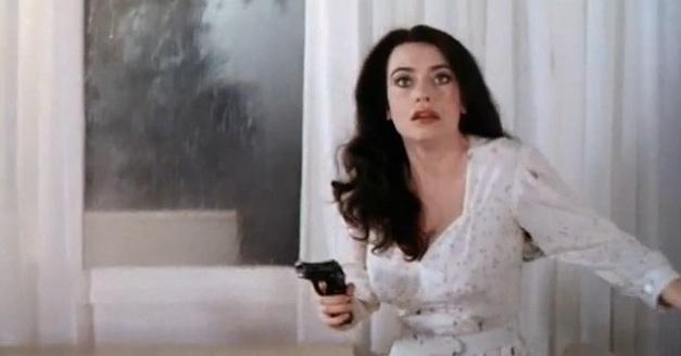 Nella foto: Veronica Lario in Tenebre di Dario Argento (1982)