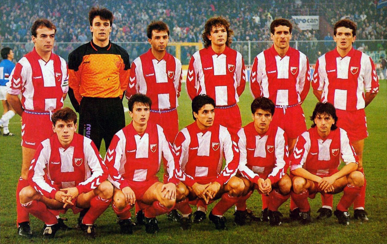 File:Fudbalski klub Crvena zvezda 1991-92.jpg - Wikipedia