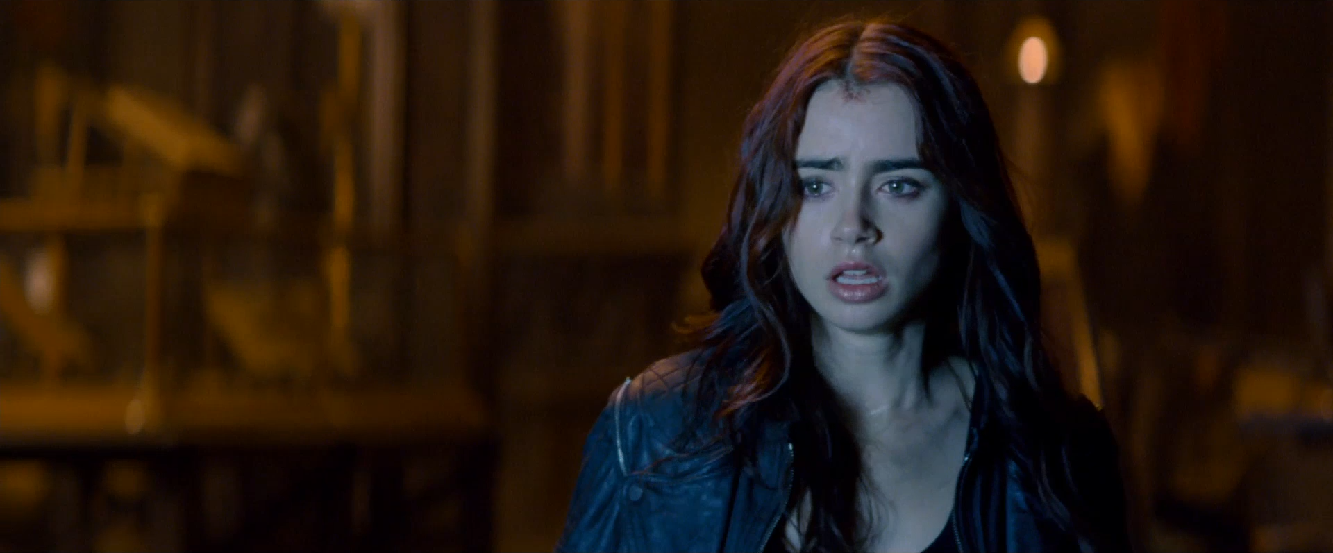 The Mortal Instruments City of Bones - trailer.png